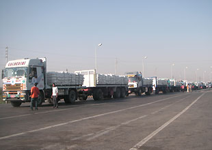 MB Bloc's Mediation Allows 70-truck Aid to Gaza