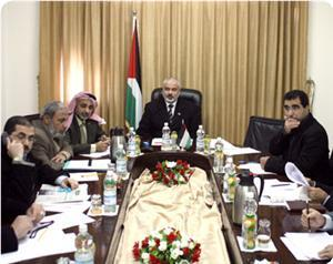 Hamas: we'll hold meetings with factions to crystallize a position on the calm
