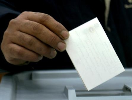 Army and interim gov't may vote on presidential elections to precede parliament bid