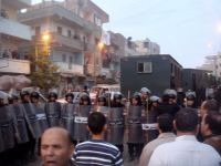Egyptian police arrest 13 Muslim Brothers, including Mahmoud Ezzat