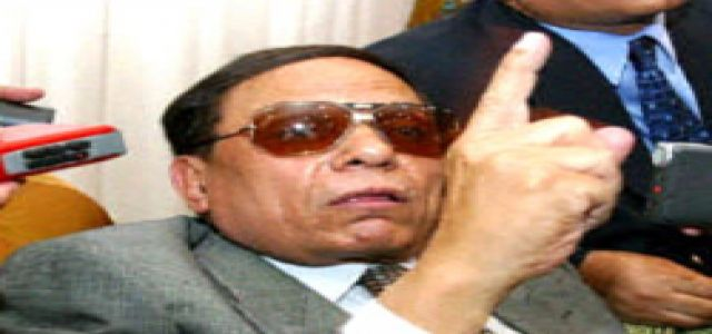 Will Adel Imam Mediate to Release Daughter's MB Leader father-in-law