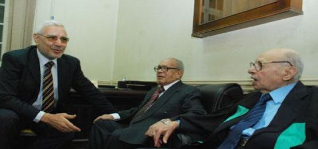 Dr. Abul-Fotouh attends discussion on Abdul-Khalek's PhD thesis.
