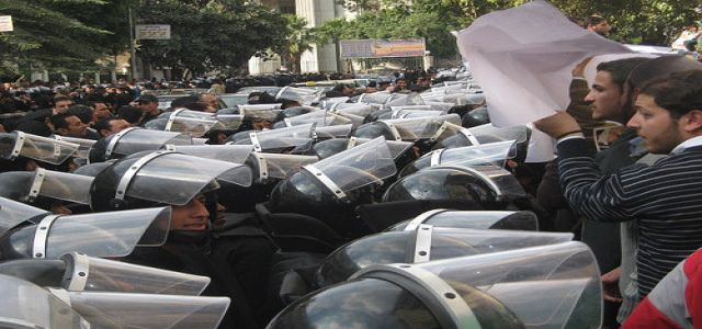 Egypt's civil movement under security force's cruelty!