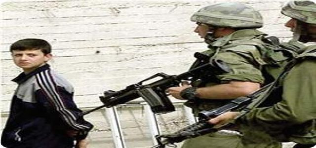 IOF troops arrest two Palestinians in Nablus