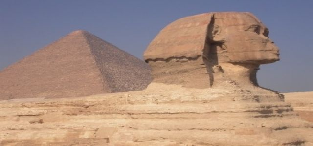 Egypt: tourism drops slightly in 2009