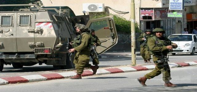 IOF soldiers break into MP's home, detain 3 Palestinians