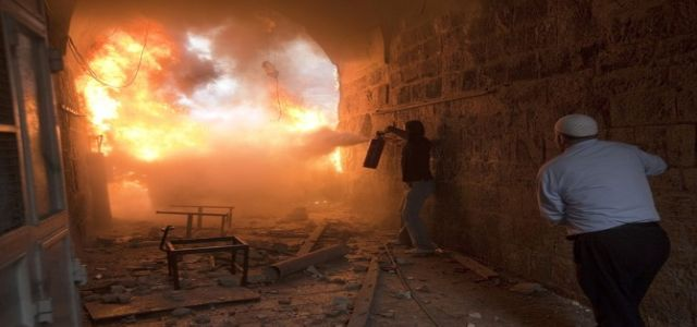 Israeli settlers set fire to historical Petra hotel in O. Jerusalem